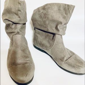 So Authentic American Heritage Slouchy Ankle Boots